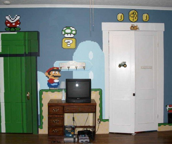 Super Mario Mural: I Want One in My Home Office!