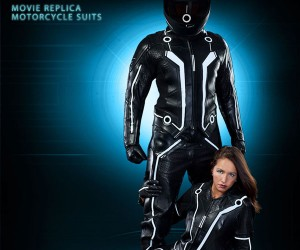 Ud Replicas Unveils TRON Motorcycle Suit, Geeks Everywhere Just Jizzed in Their Pants