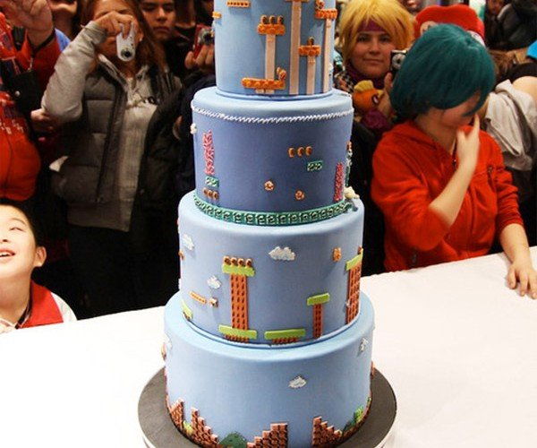 Super Mario Bros. Cake Celebrates 25-Years of Mario
