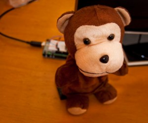 Twitter Monkey: #Plush #Arduino #Monkey