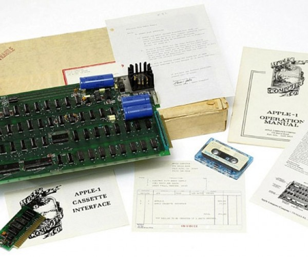Original Apple-1 Computer Goes Up for Auction