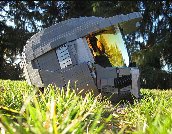 halo_master_chief_lego_helmet