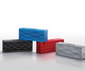 Jawbone Jambox Looks Like a Huge Bluetooth Headset