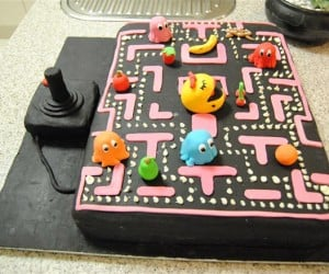 Ms. Pac-Man Cake has Better Graphics Than the Original Game