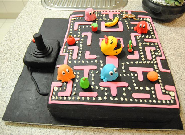 ms_pac_man_cake_1