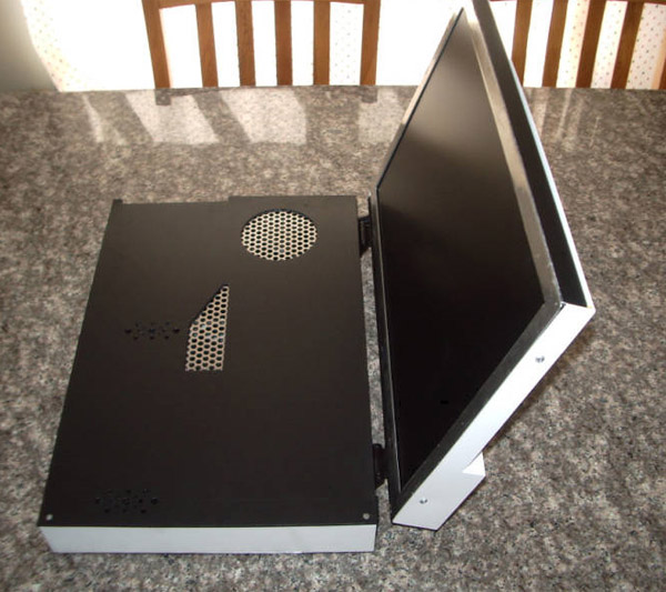 ps3_laptop_by_low_budget_2