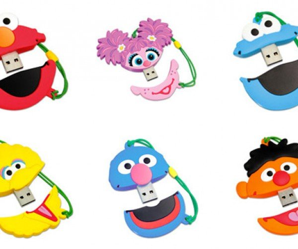 Sesame Street Flash Drives Hold Video and Photos of Kids' Favorite Characters