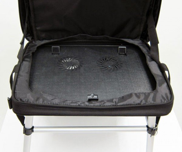 thanko_laptop_bag_desk_3