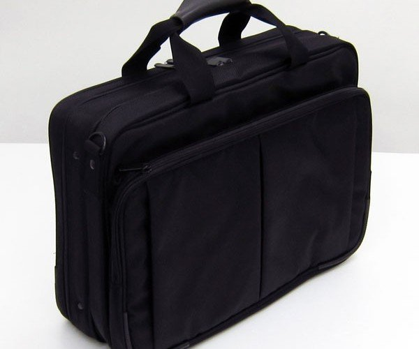 thanko_laptop_bag_desk_4