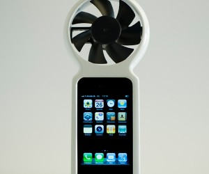 Ifan Looks Ridiculous but Will Charge Your iPhone With Wind-Power