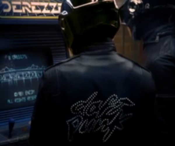 Official Daft Punk Derezzed Video: Get Your TRON Legacy Fix