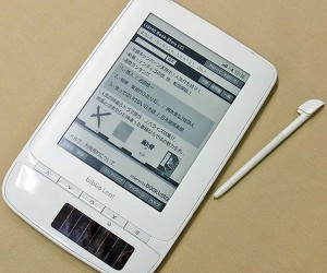 Toshiba's Solar Biblio Leaf: Do We Really Need Another E-Reader?