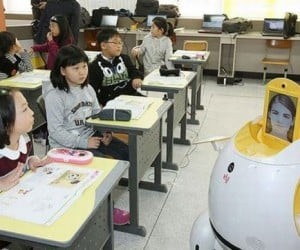 South Korea Hires Robot Teachers