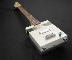 Old NES Gets a New Life as an Electric Guitar