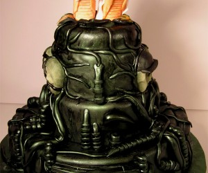 Alien Wedding Cake: Chestburster Civil Unions Approved