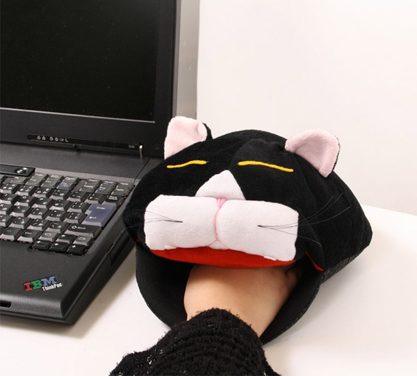 cat_head_mouse_pad_heater