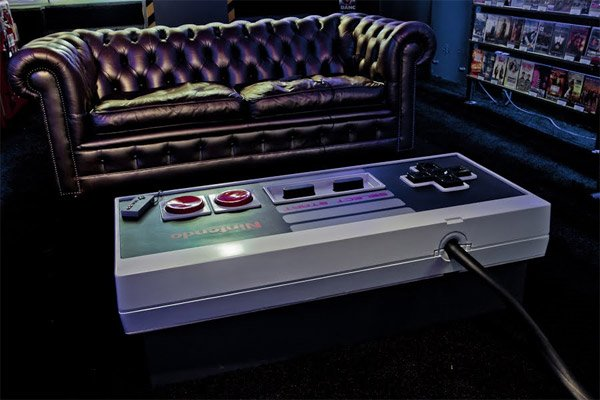 giant_nes_controller_coffee_table