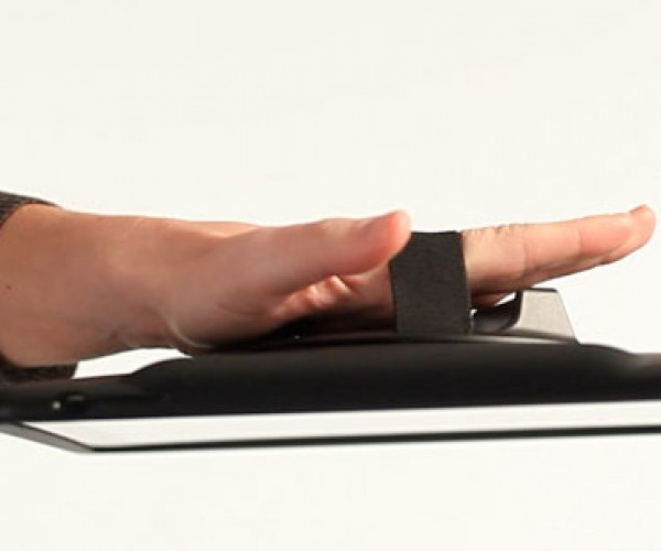 Handstand Aims to Keep Your iPad Whole