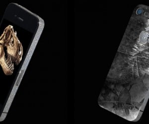 IPhone 4 History Edition has T-Rex Tooth Particles. No Seriously.