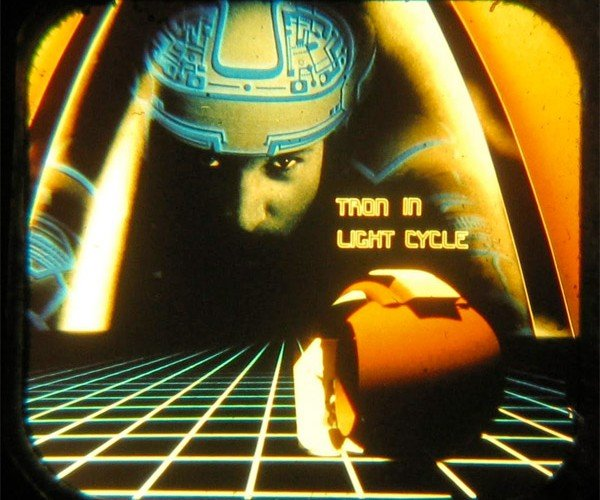 tron_3d_view_master_5