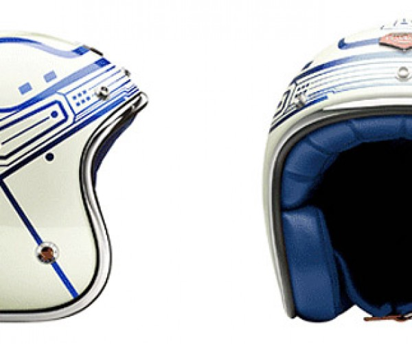 TRON Helmet Should Light Up to Make You Easier to Hit