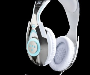 Monster Offers Up TRON: Legacy Daft Punk Headphones