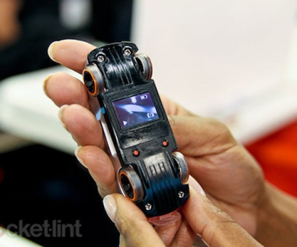 Video Racer Hot Wheels Get Video Camera + Screen For Full Action Shots