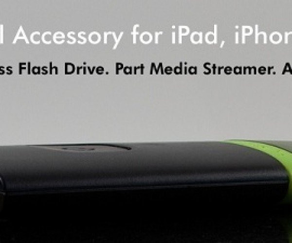 AirStash – Add a Flash Drive to Your iPad or iPhone (Sorta.)