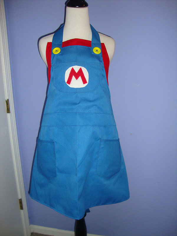 Bethany sew sew aprons cooking cosplay technabob for Apron designs and kitchen apron styles