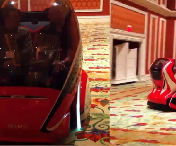 GM EN-V Goes for a Spin at CES