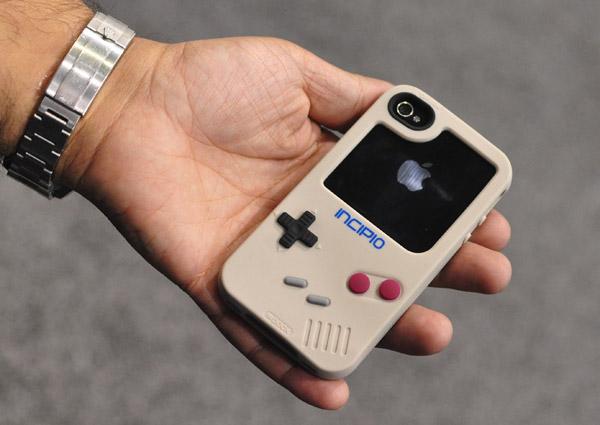iphone_game_boy_case_incipio_1