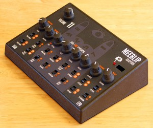 MeeBlip Synthesizer Kit Encourages Hacking