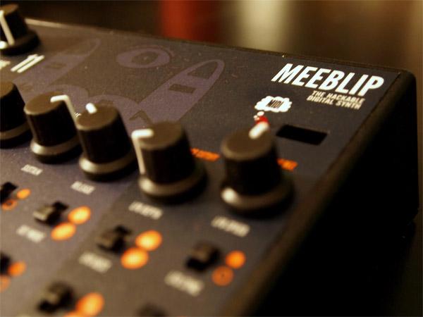 meeblip_digital_synthesizer_2