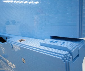 oversized lego dsi sculpture by sean kenney 5 300x250