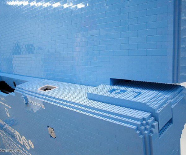oversized lego dsi sculpture by sean kenney 5