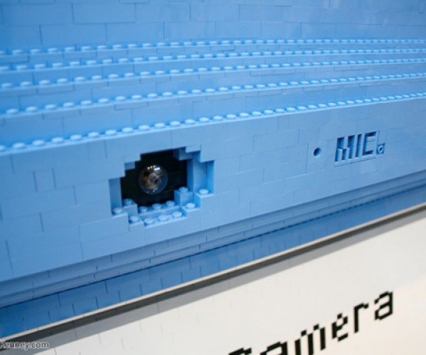 oversized lego dsi sculpture by sean kenney 7