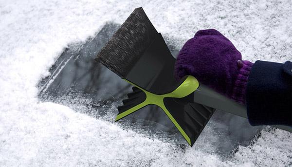 snowdozer_ice_scraper_1
