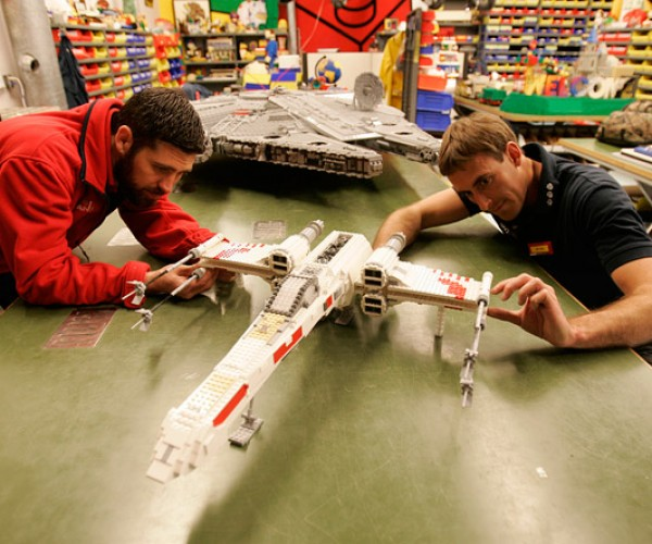 star_wars_legoland_models_arrive_3