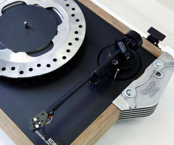 triumph_motorcycle_turntable