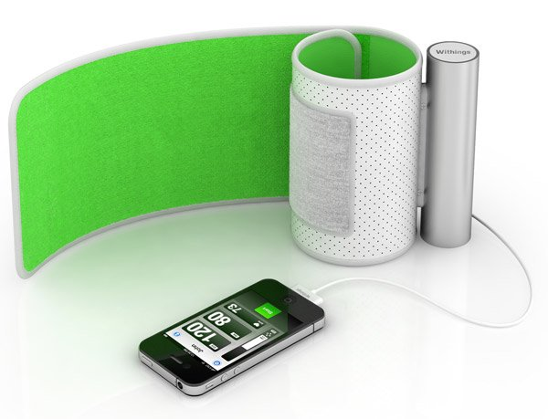 withings_iphone_blood_pressure_monitor_1