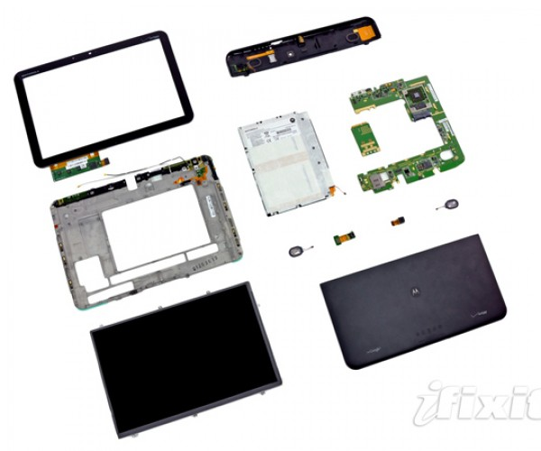 iFixIt Tears Apart the Motorola Xoom: Is it 4G LTE Upgradeable?