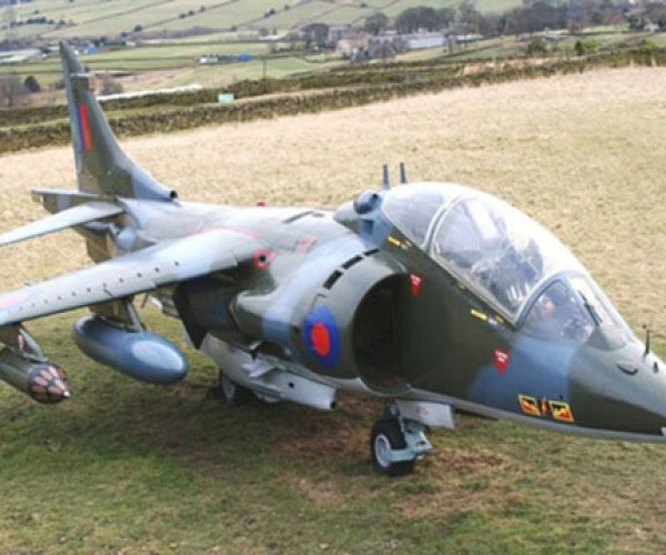 7-Year-Old Buys Harrier Jet on eBay, Dad Refuses to Pay