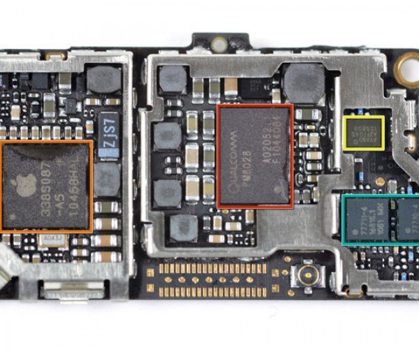 iFixit Tears into Verizon iPhone 4, Finds Chewy World Phone Center