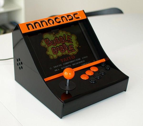 nanocade_netbook_arcade_cabinet_1