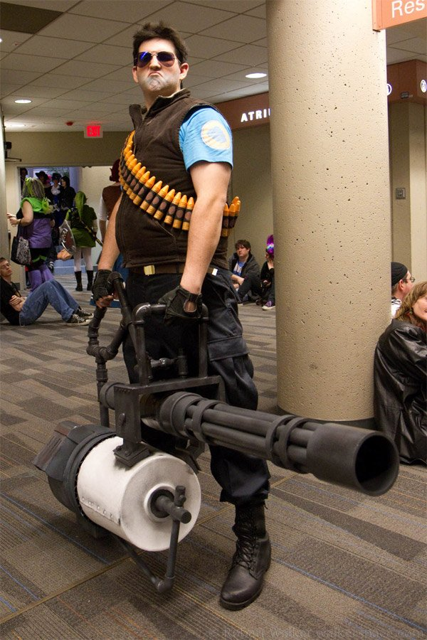 team fortress heavy costume by robert walker