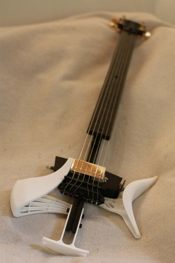 Zoybar Tor 3d Printed Guitar Looks Cool And Doesn T Sound