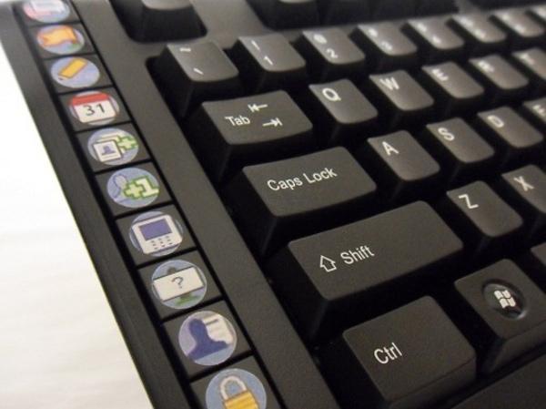 facebook s.n.a.k. keyboard multimedia computer input