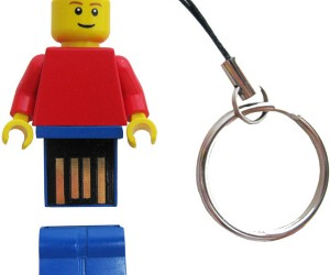 LEGO Minifig USB Flash Drives Get Official