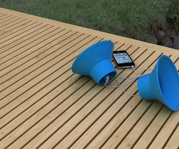 Trembo Trunks: Speakers Powered by Earbuds