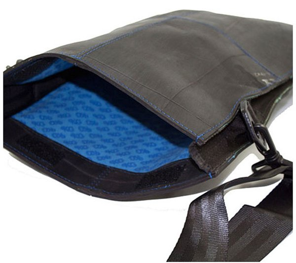 rubber bag laptop sleeve pkg recycled sustainable eco-friendly